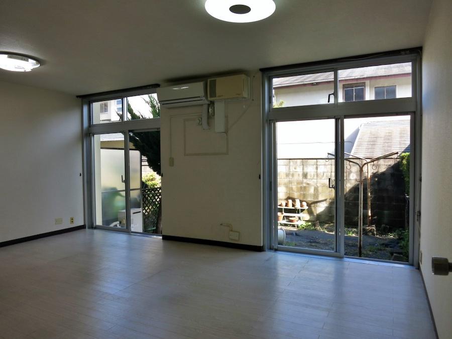 1階リビングは窓の位置がポイント|庭を取り込みたい