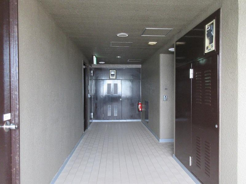 部屋の前の廊下部分(共用部)