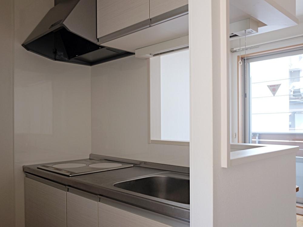 【B】対面キッチン。仕様はABとも共通です。