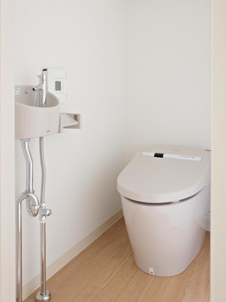 【AB共通】手洗器とタンクレストイレ