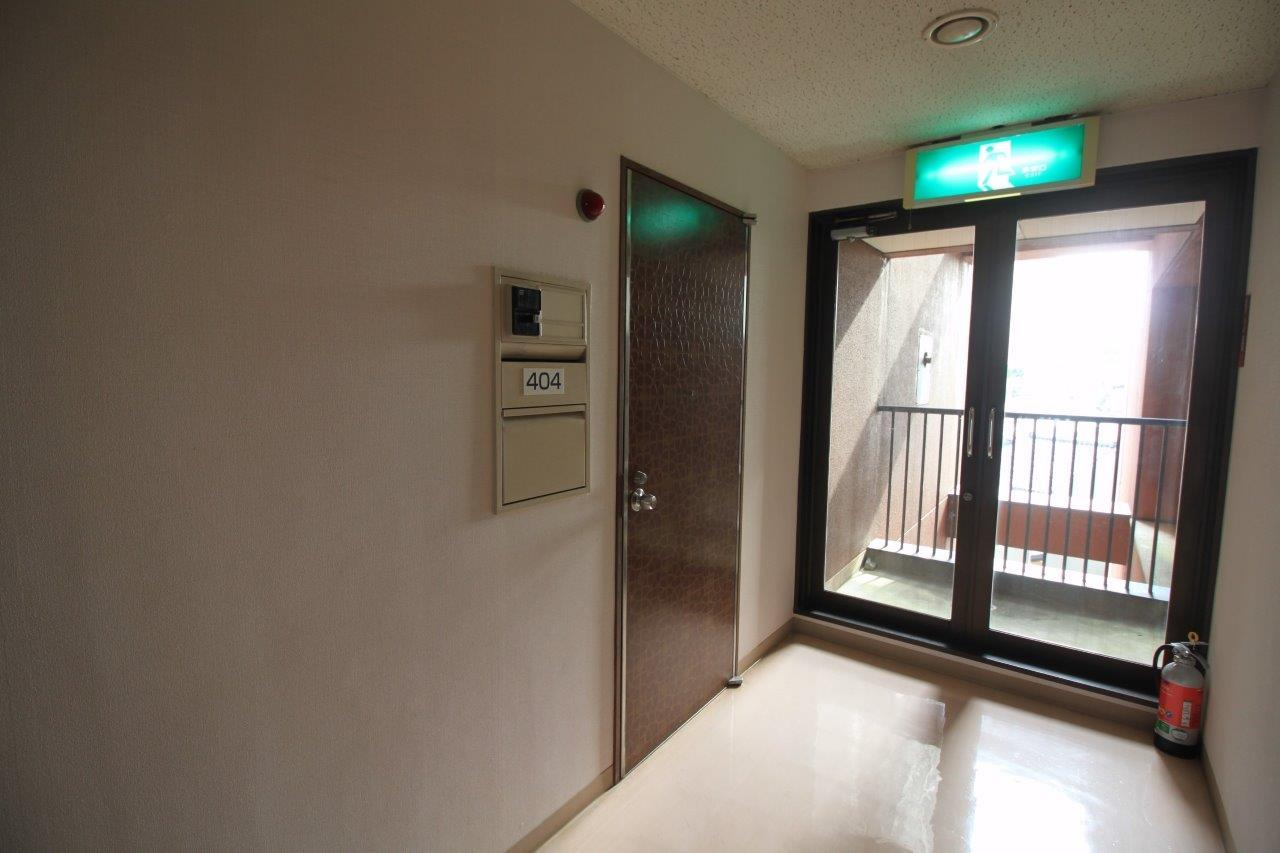 レトロな玄関扉