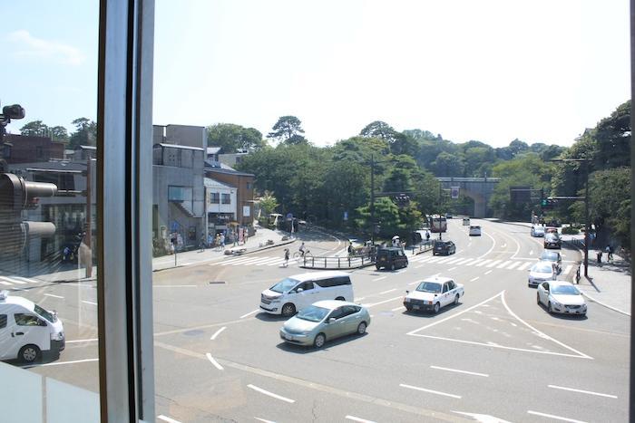 対角線上には兼六園や金沢城という立地です。