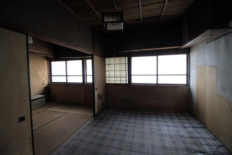 A棟(左側):2階和室