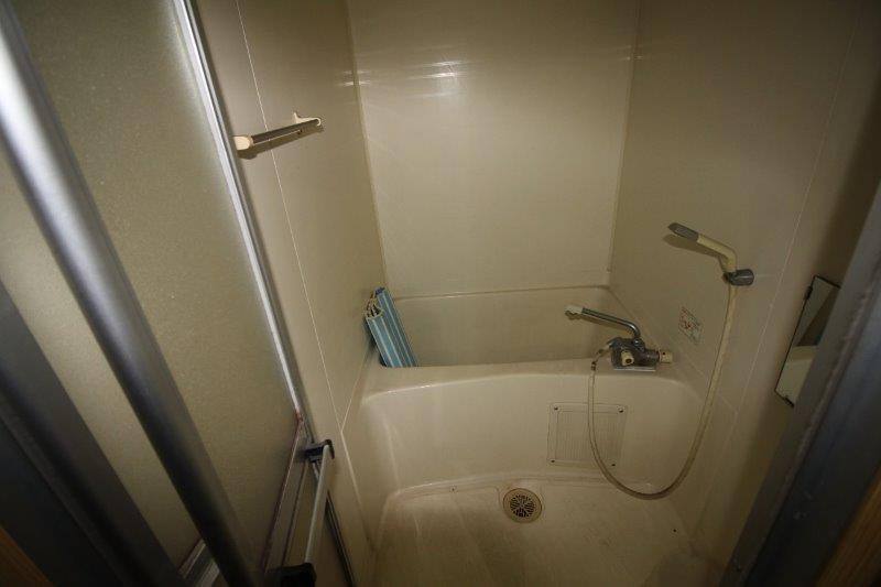 B棟:後から増設された浴室