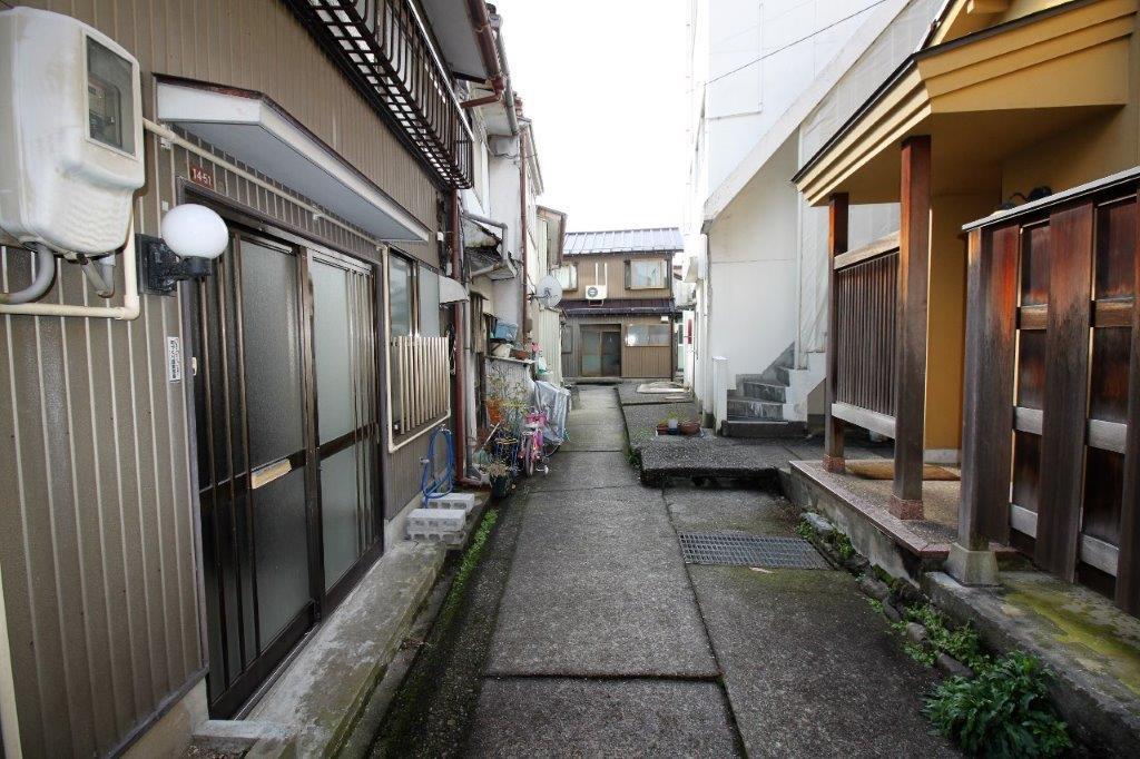 小路を歩け。 (金沢市東山の物件) - 金沢R不動産
