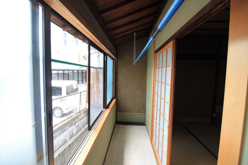 2階東側の縁側。