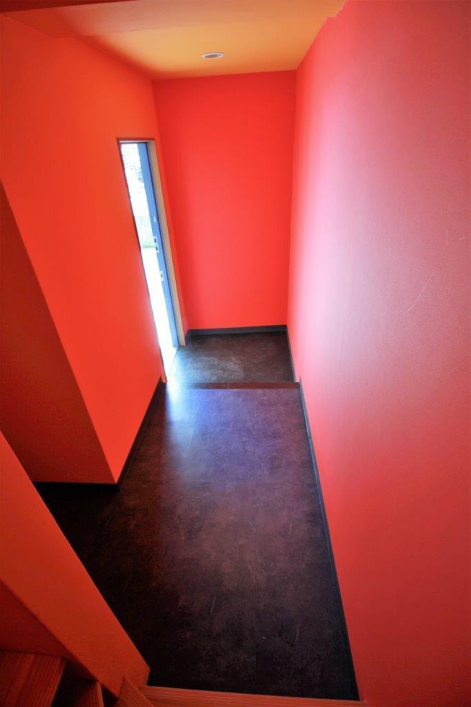 階段からの玄関