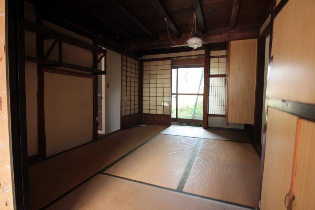 庭側の1階の和室。