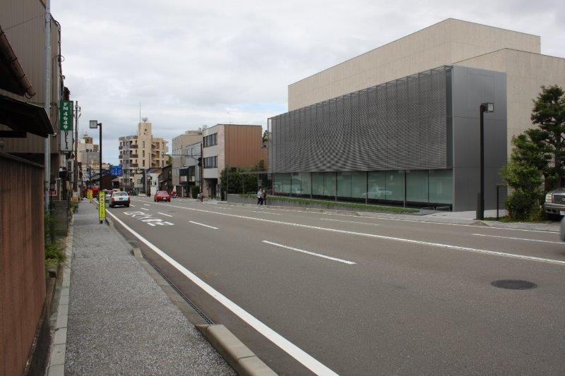 ほぼ向かいに「谷口吉郎・吉生 金沢建築館」。