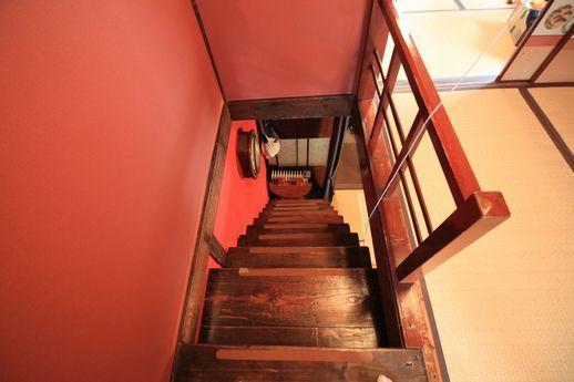 箱階段の上部2階からの眺め。