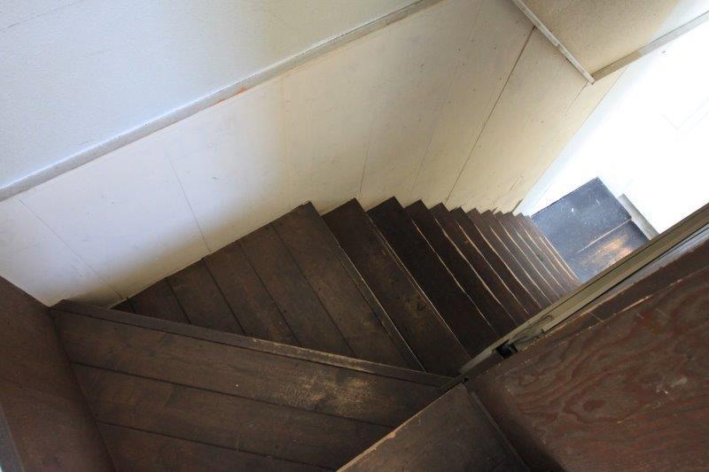 階段もいい感じ。