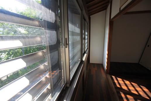 2階:住居/窓からは犀川ビュー