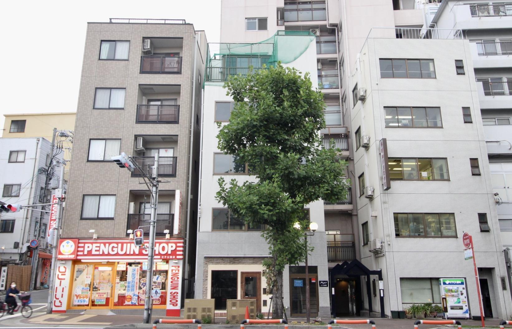 一棟ビルとツリー (神戸市灘区水道筋の物件) - 神戸R不動産