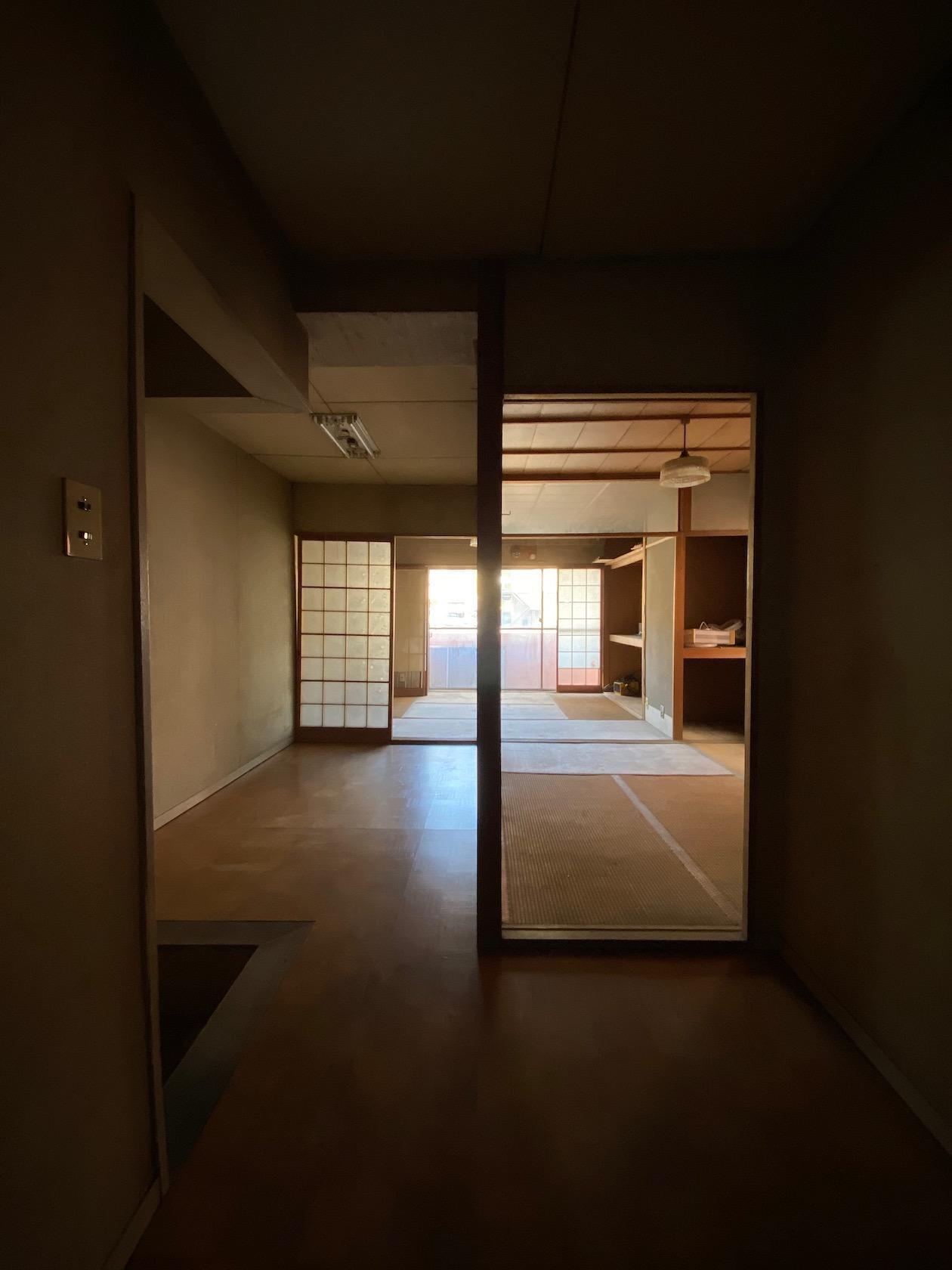 二階 和風な内装はもとのままです