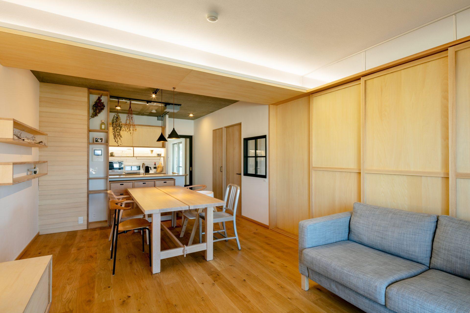 引込戸を閉めて和室と空間を分けることも可