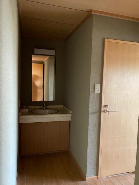 宿泊室には部屋ごとに水周りが備わっています。