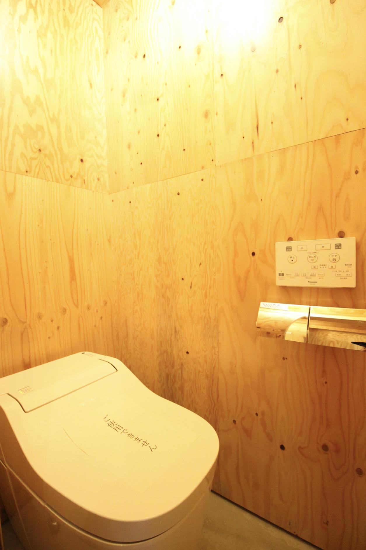 トイレ(2階・共用)