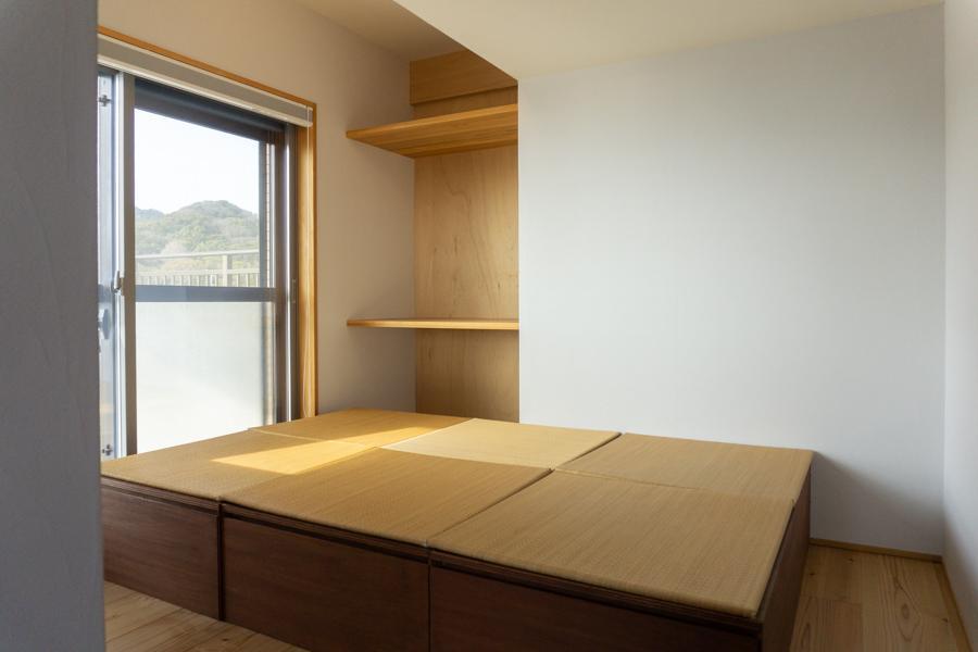 寝室想定の洋室(収納付畳は移動可能)