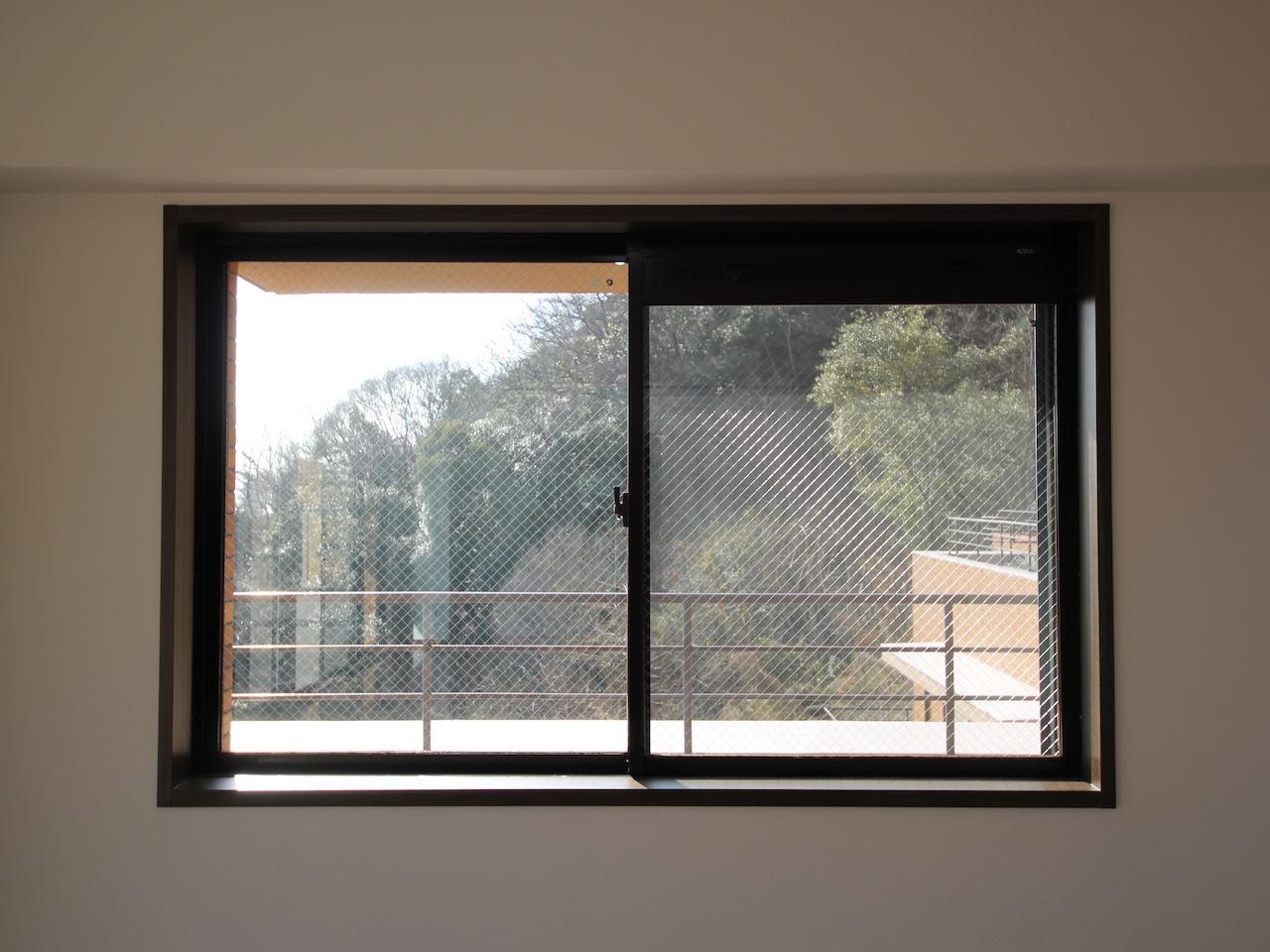 窓から山がお目見え