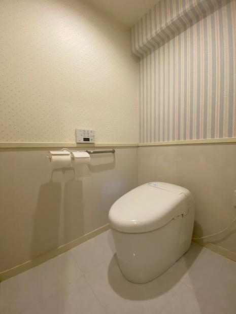 タンクレスで上質なトイレ。