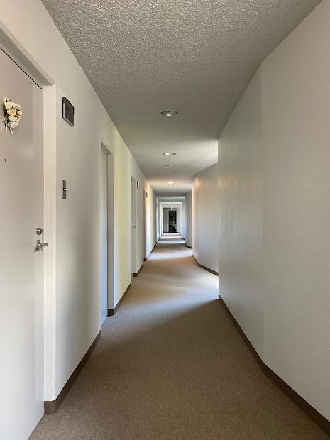 ホテルライクな内廊下。