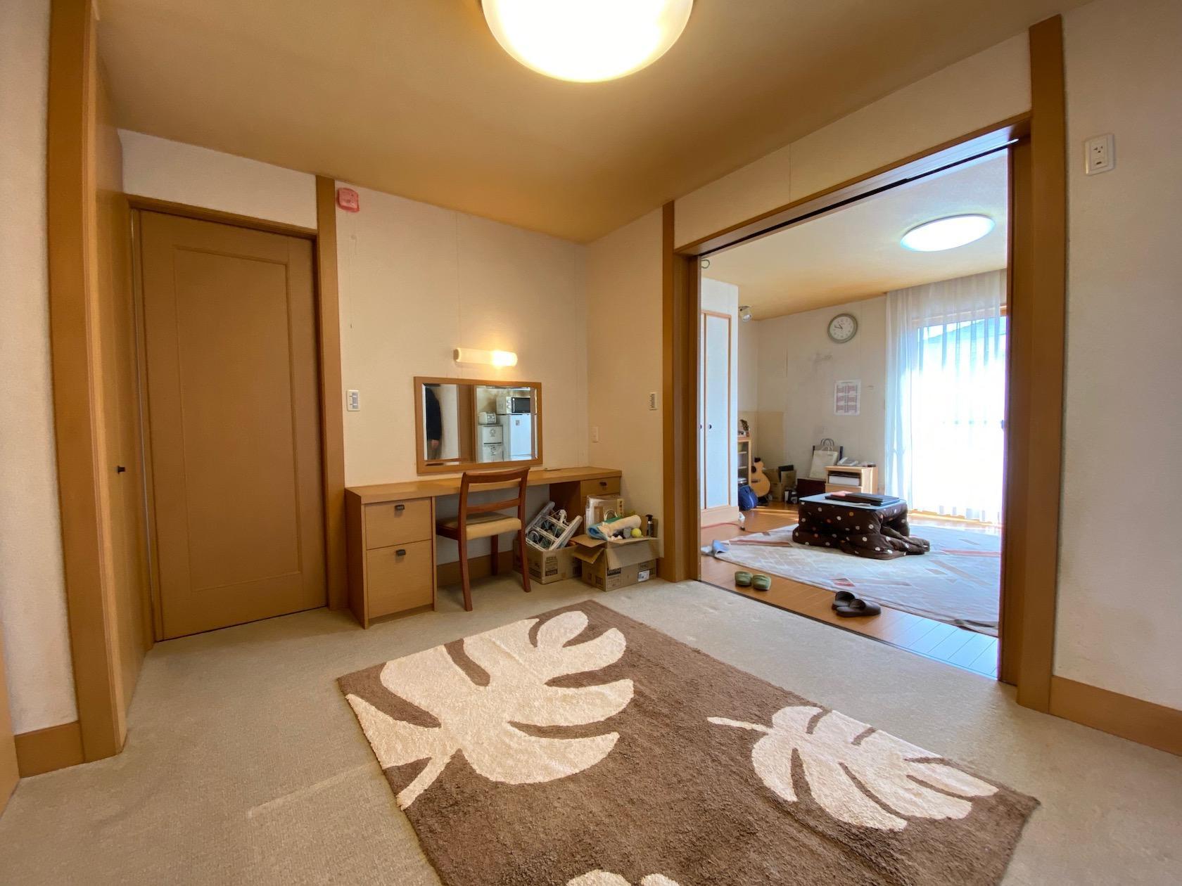 1階 DKと続きの洋室