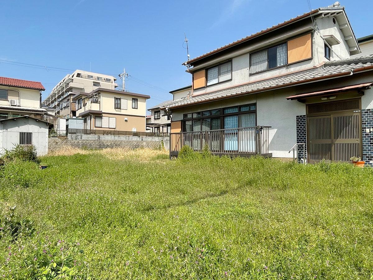 庭、庭、庭! (明石市魚住町西岡の物件) - 神戸R不動産