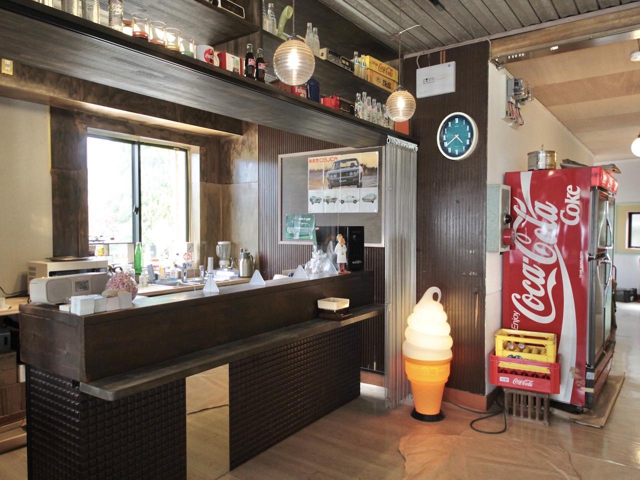 エントランスのコーヒースタンド