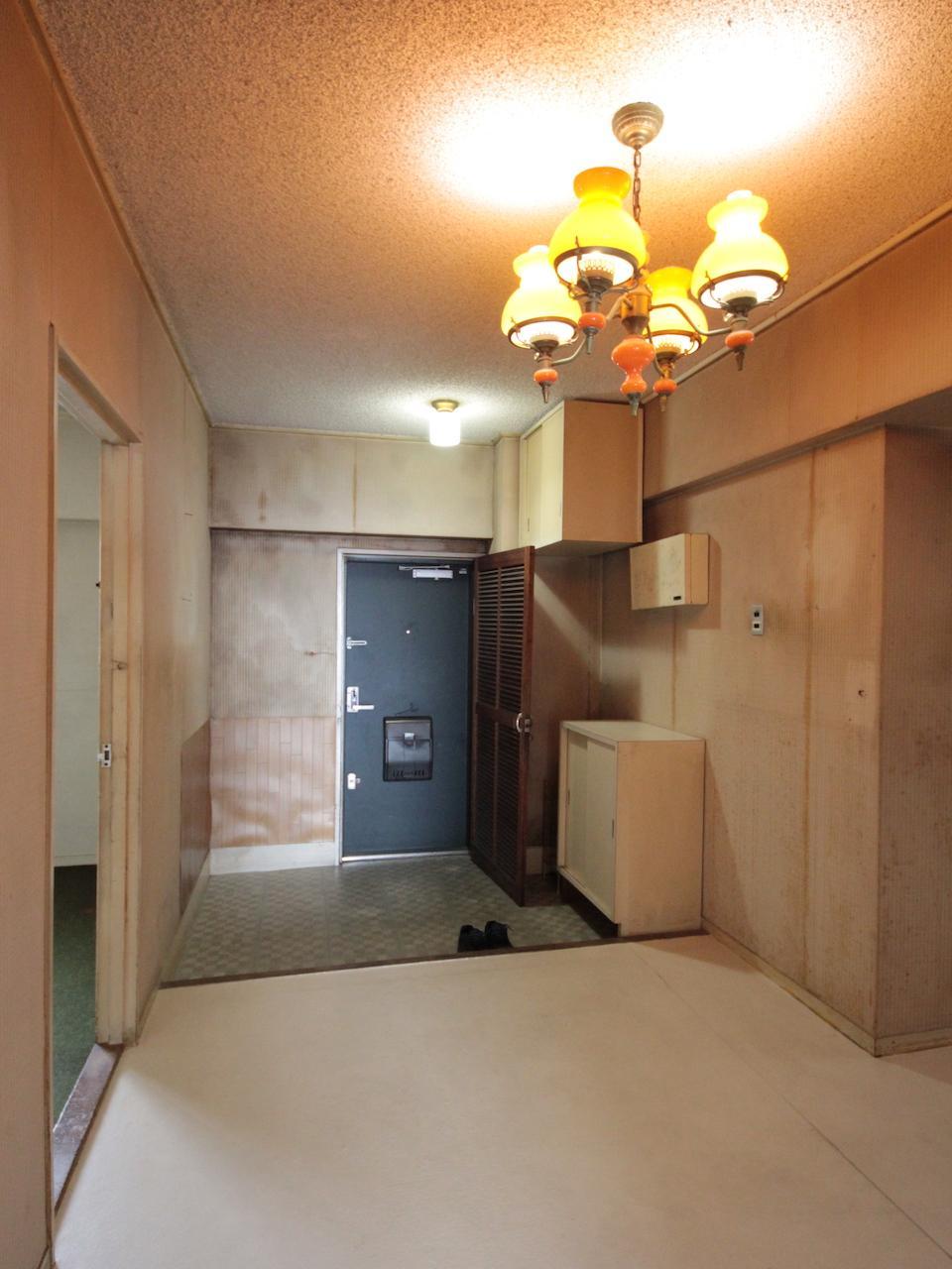 玄関、廊下がとても広い