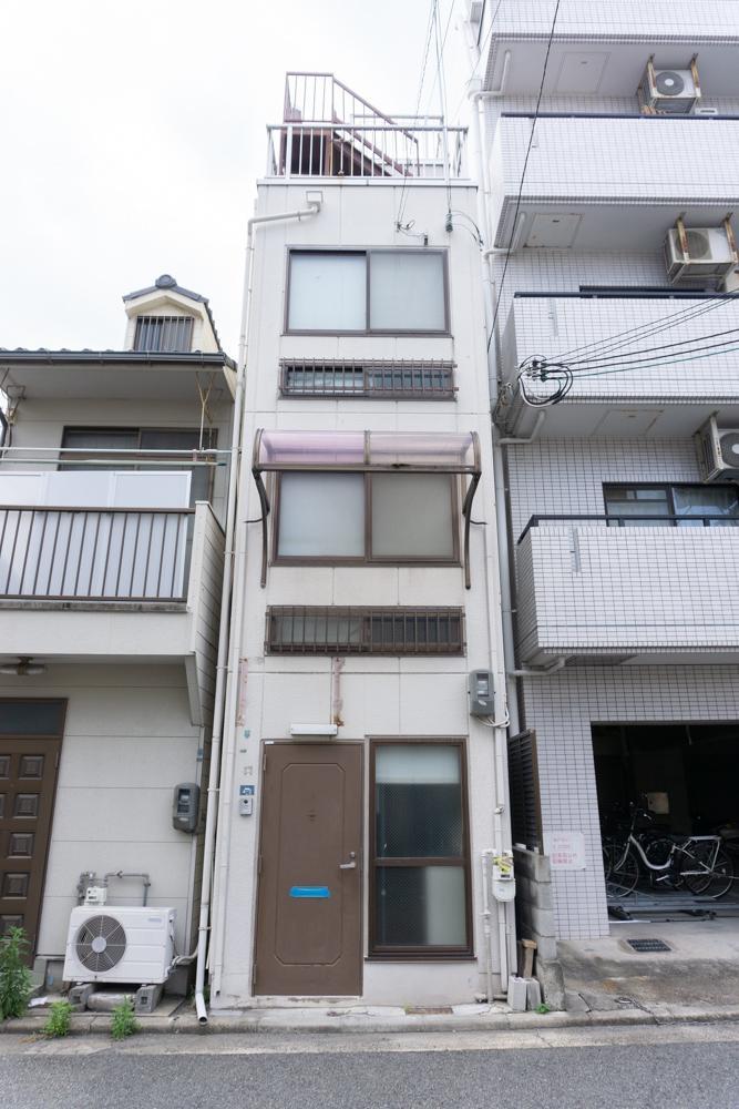 シュッとした一戸建て -屋上付- (神戸市兵庫区上沢通の物件) - 神戸R不動産