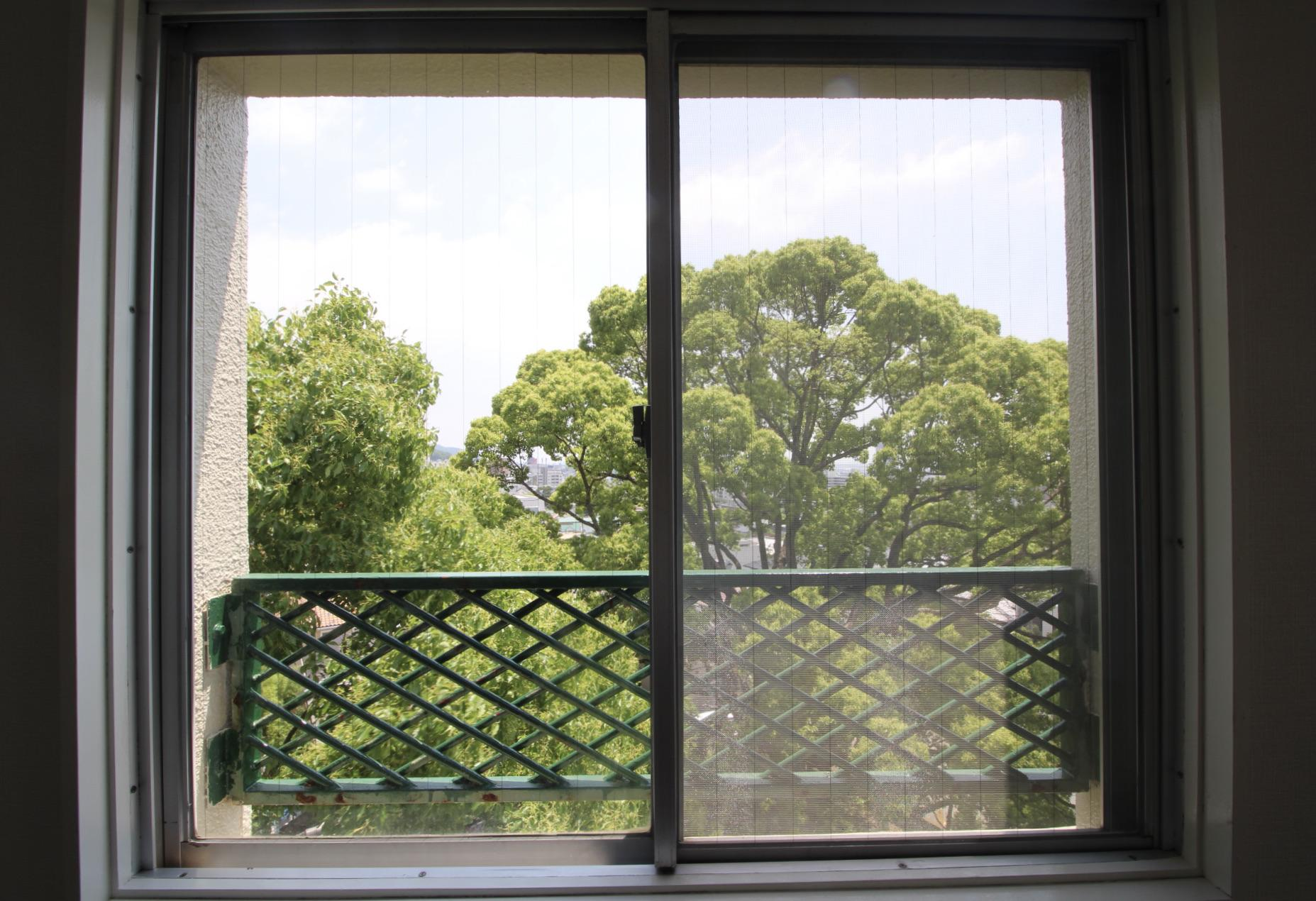 窓からも緑の借景