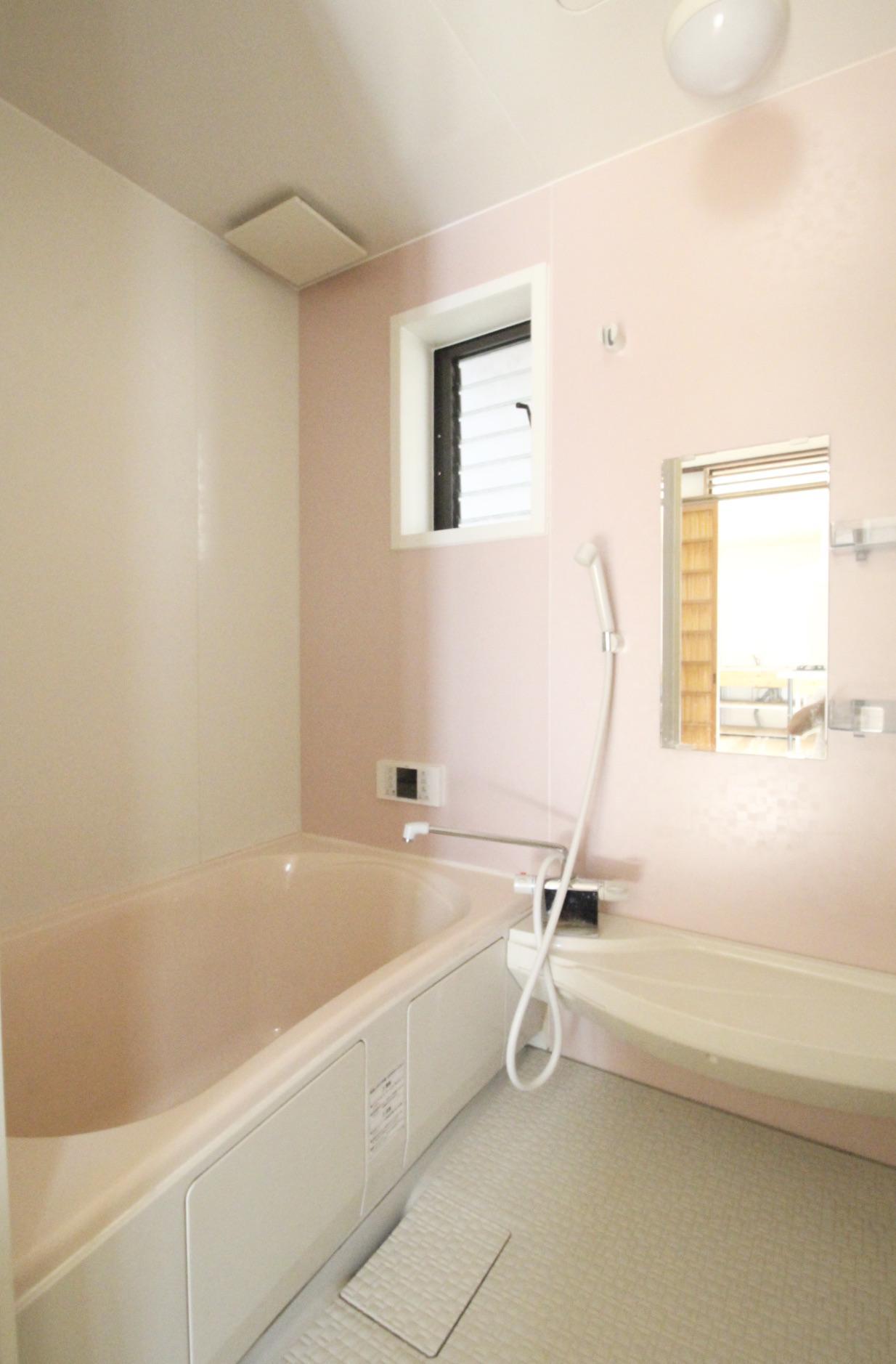 風呂(101号室)