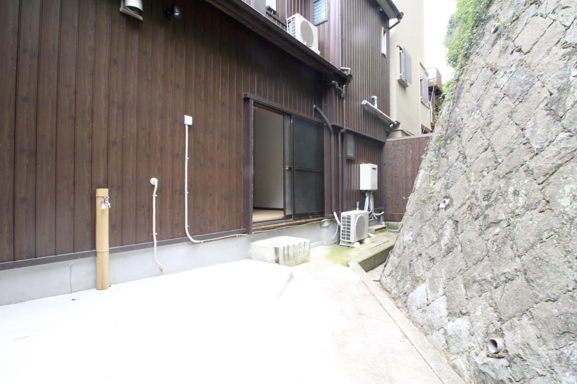 裏庭は水道付き(101号室)