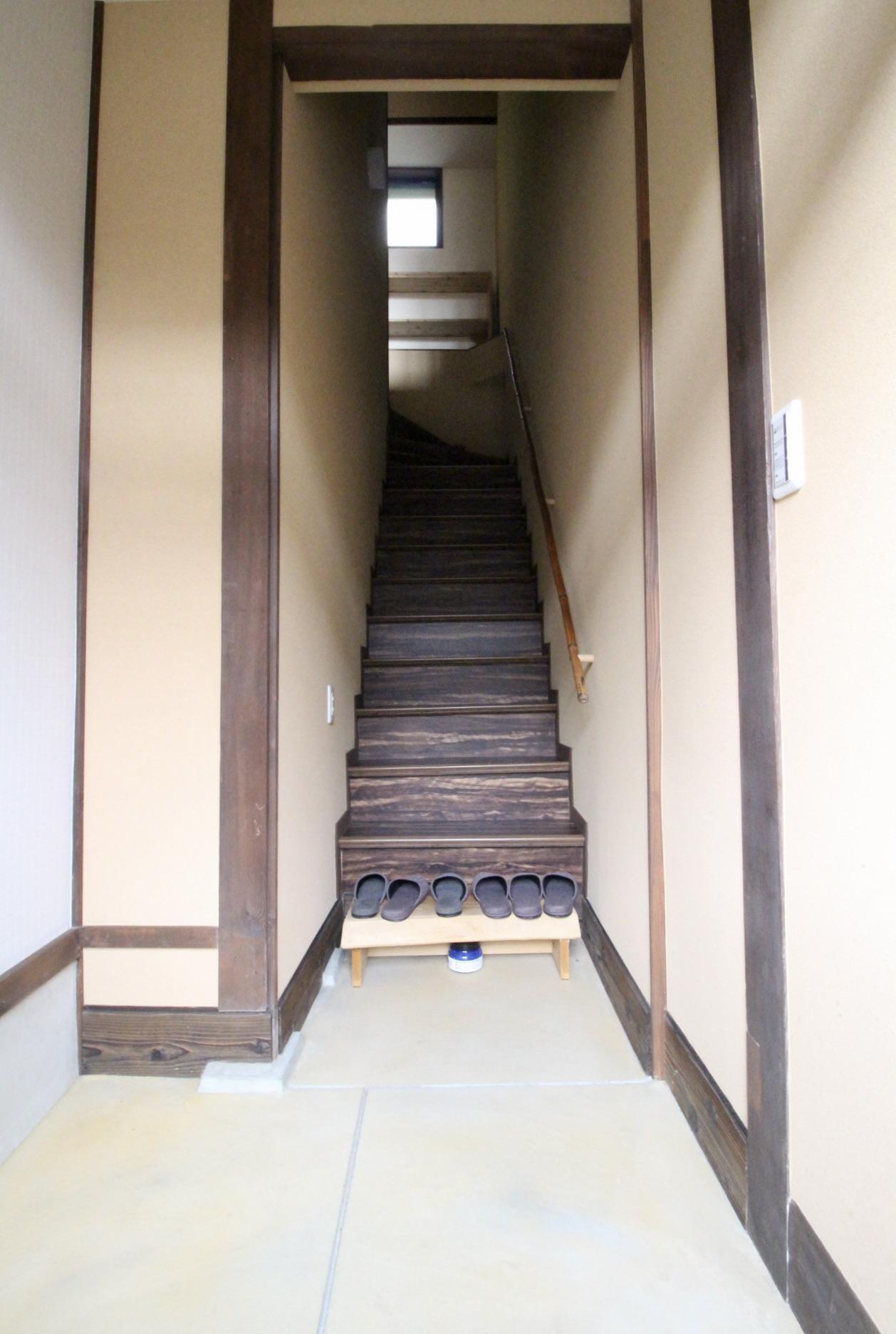 玄関土間(201号室)