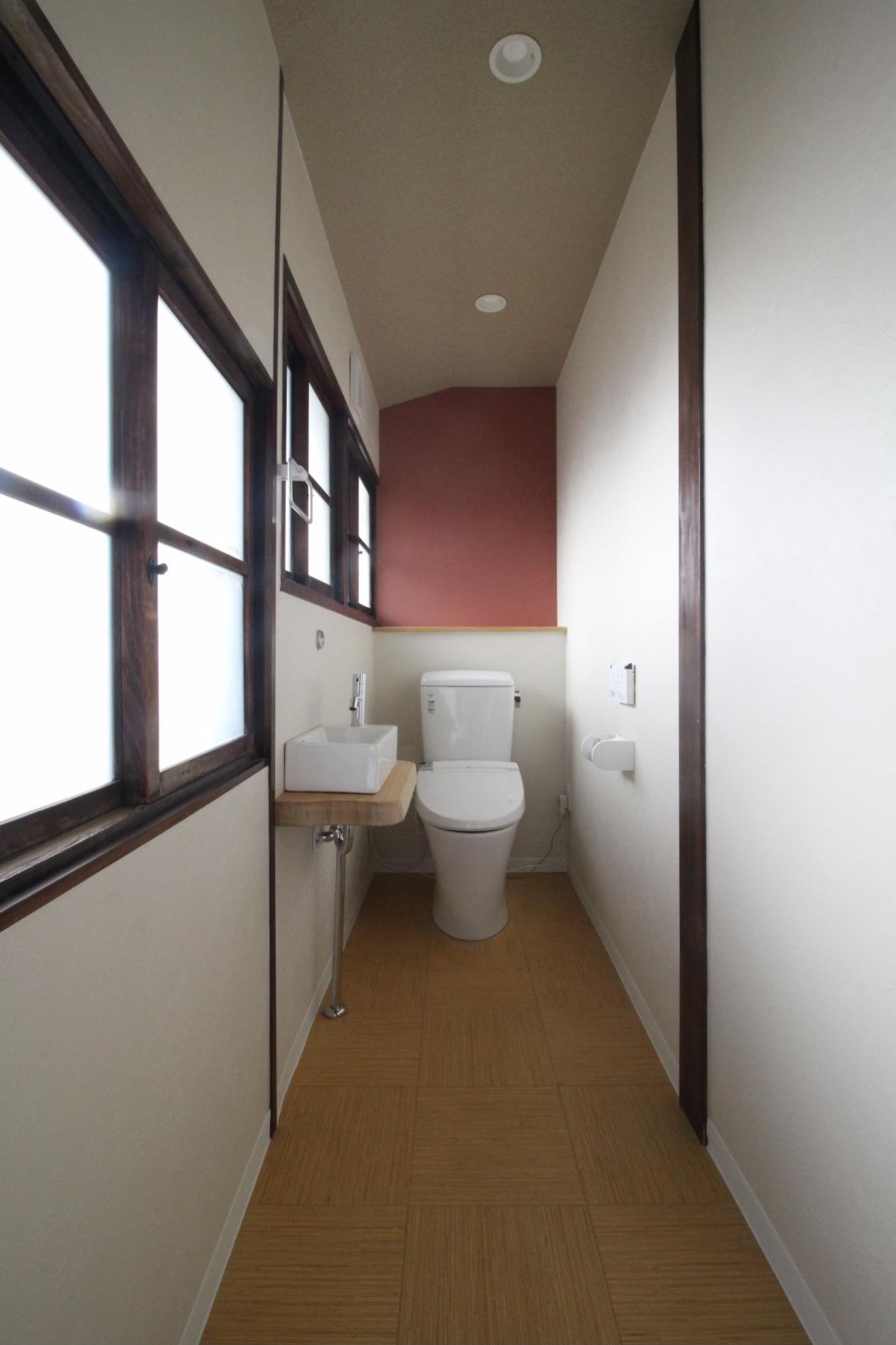 トイレ(201号室)