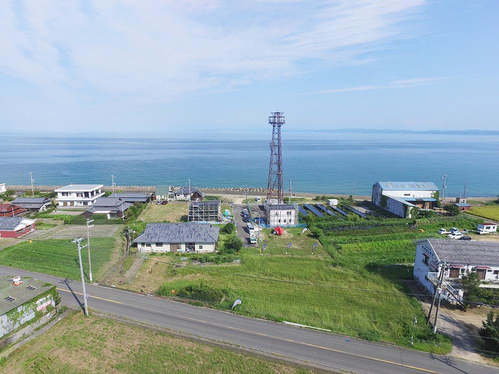 山側からの区画(画像中央あたり)。前面に海が広がる。