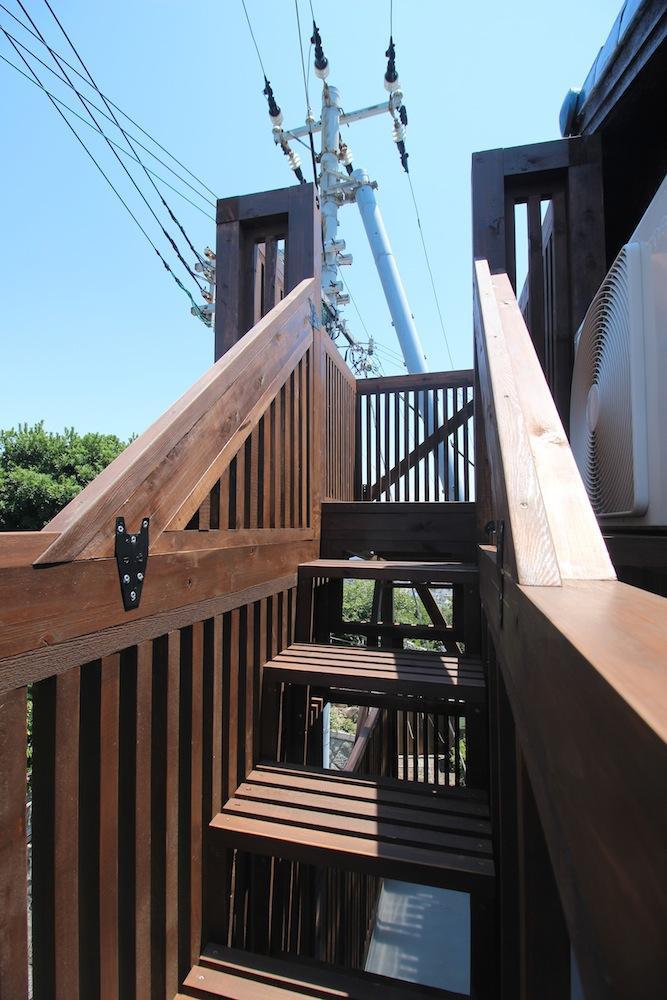 2Fベランダからデッキ階段!