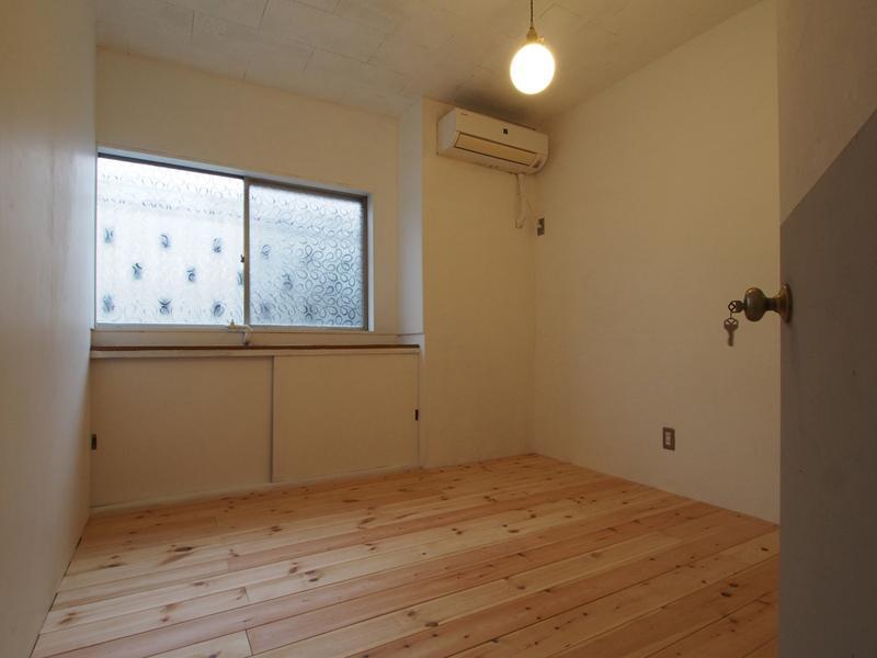 1階、02号室