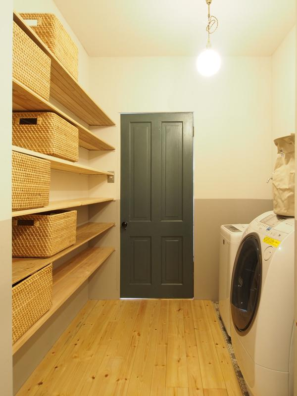 1階、洗濯室