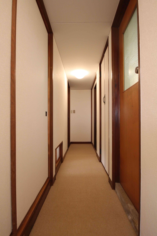廊下もいい味出してます