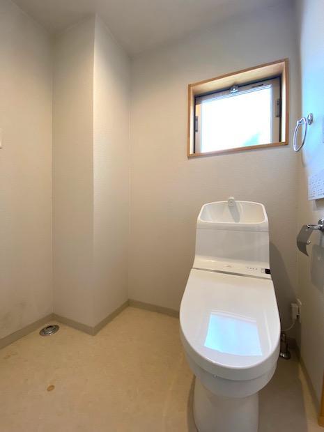 洗濯機置場のあるトイレ
