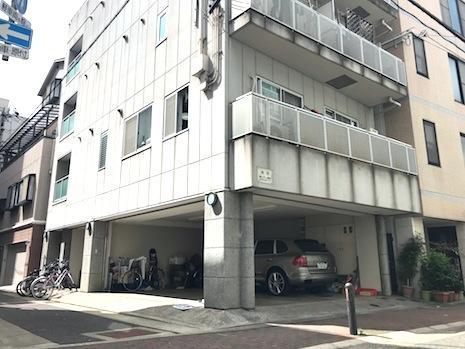 イン・ザ・ガレージ (神戸市中央区元町通の物件) - 神戸R不動産