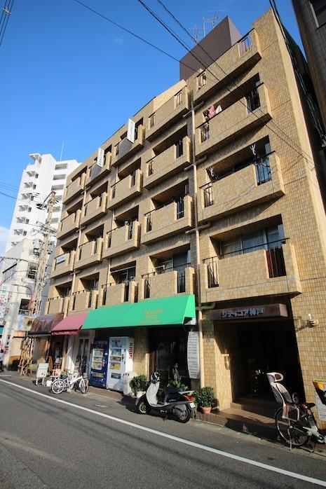混沌とした町の片隅で (神戸市中央区橘通の物件) - 神戸R不動産