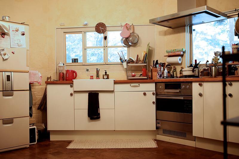キッチンは6年前にオーダーでつくったもの