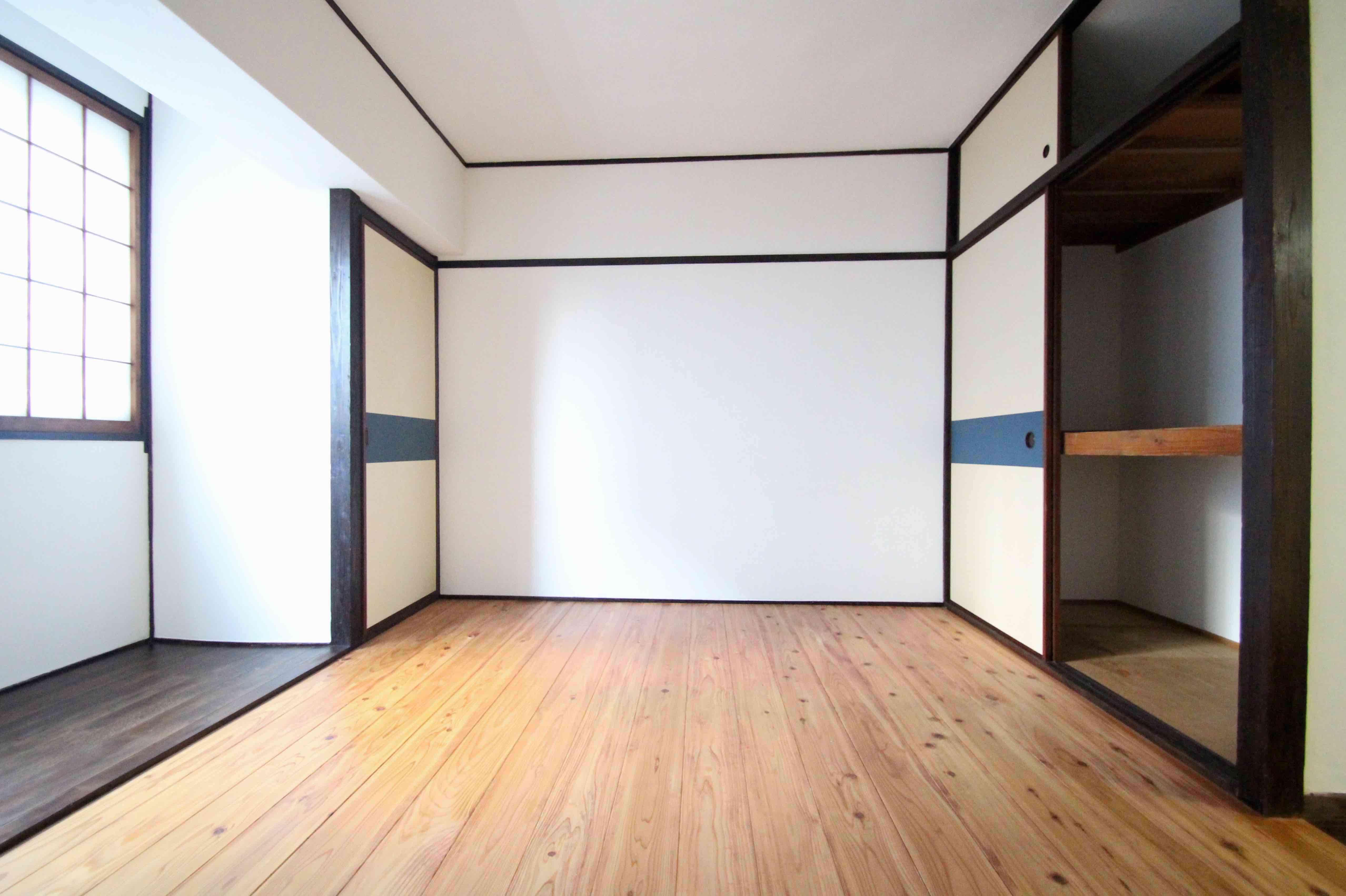 壁、天井は珪藻土入りの塗装仕上げ(建具は必要なければ撤去します)