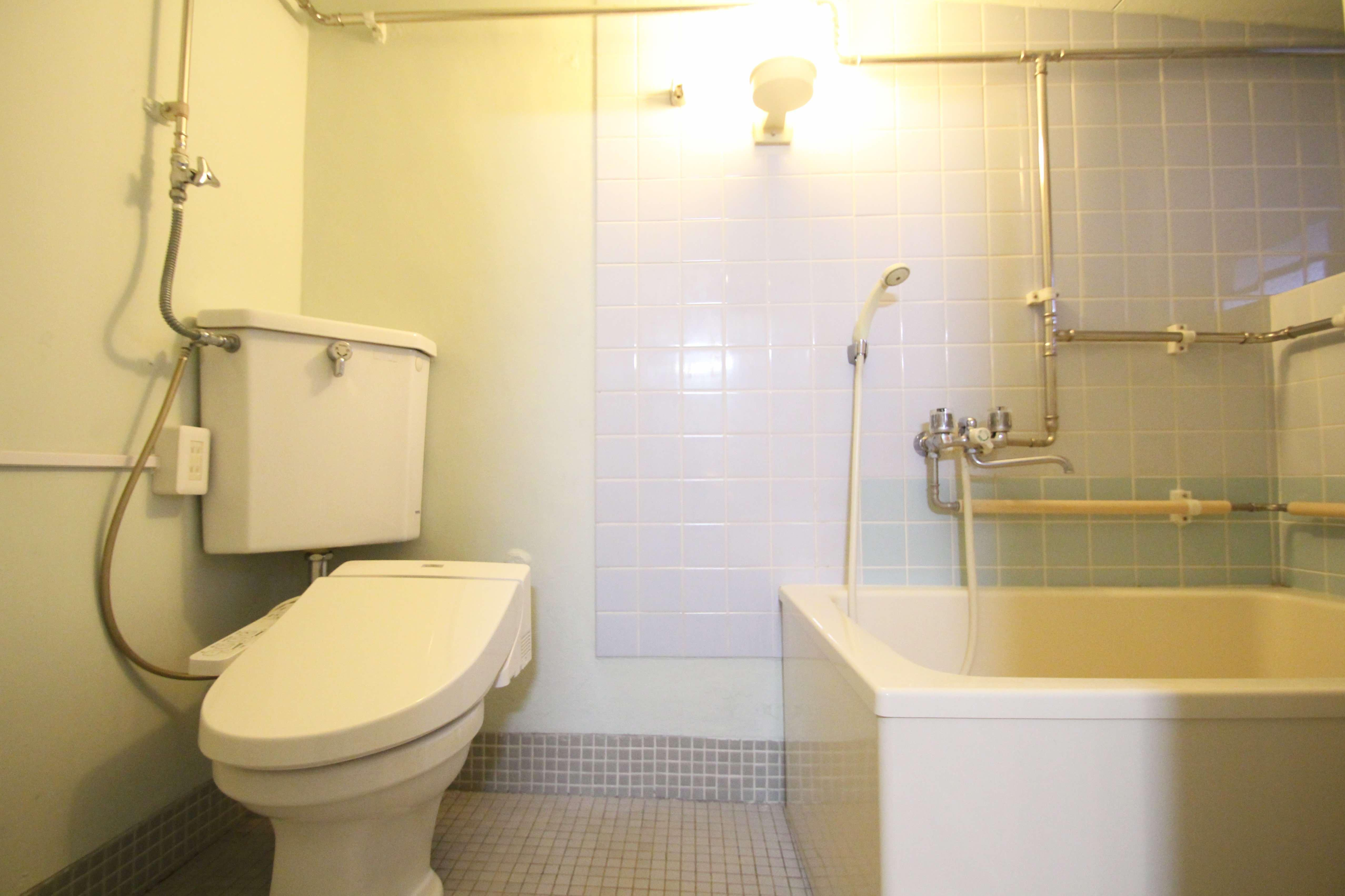 トイレ、風呂