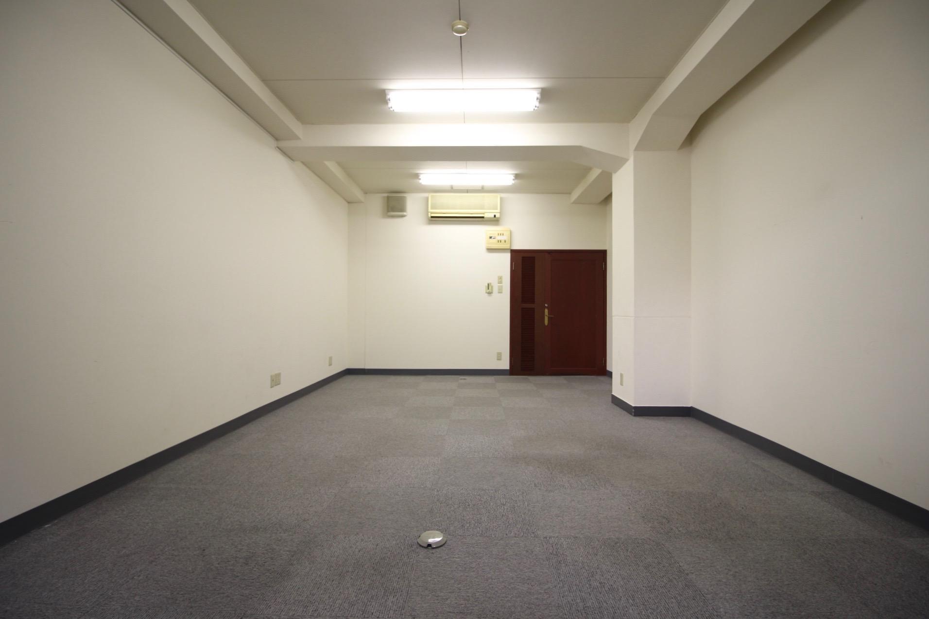 こじんまりとしたオフィスにちょうど良さそうな広さ