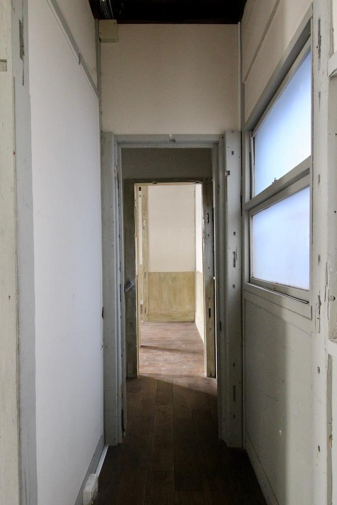 22号室から23号室を見る。
