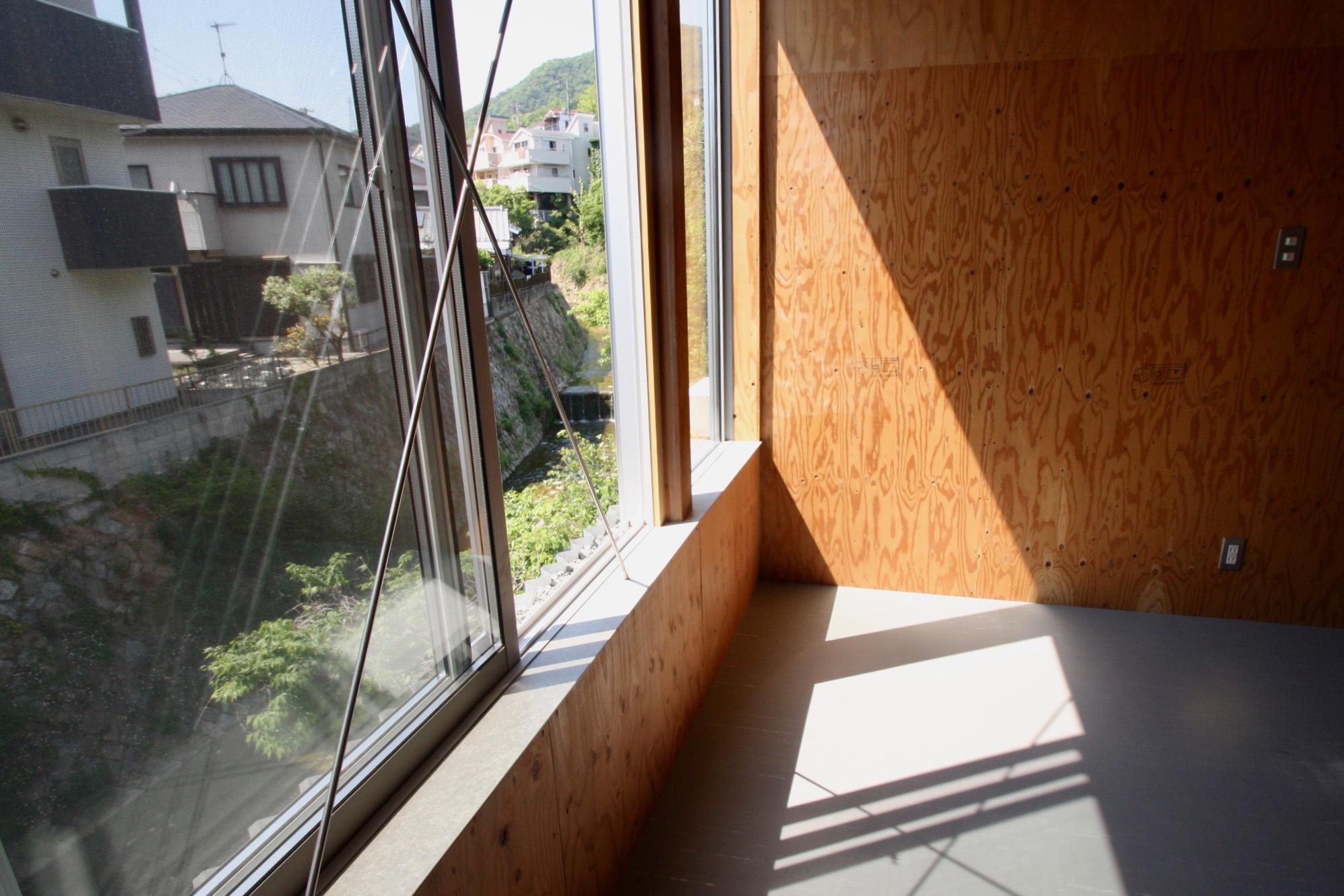 1階。窓辺に植物を置きたい[リノベ物件]