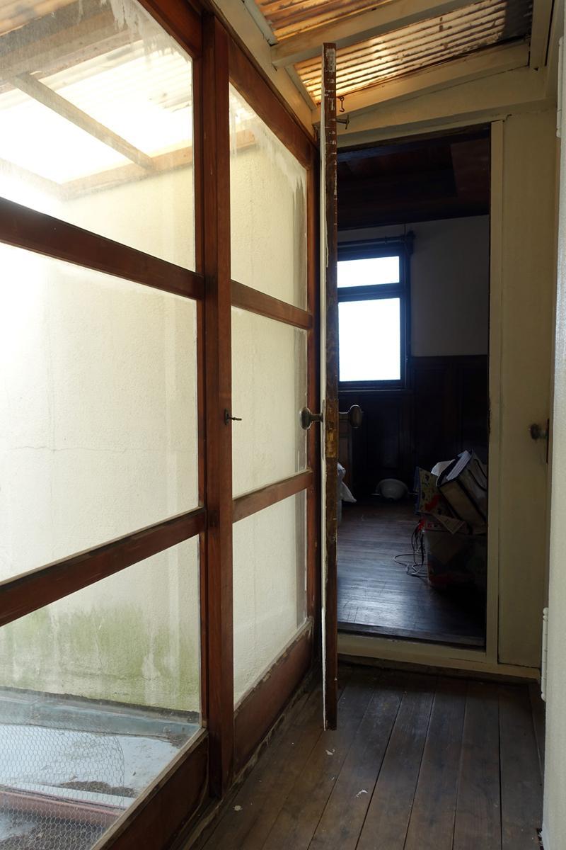 古いお部屋へ続く廊下